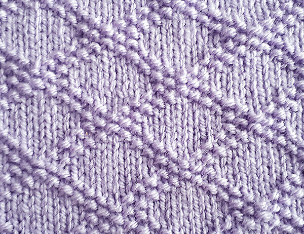 King Charles Brocade [FREE Knitted Stitch Pattern] | learnknittingonline.com