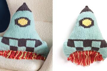 Knit Rocket Ship Pillow [FREE Knitting Pattern] | learnknittingonline.com