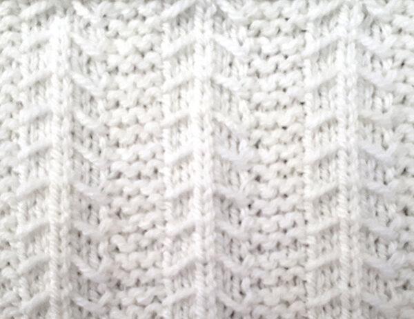 Little Tent Slip-Stitch Pattern [FREE Knitted Stitch Pattern] | learnknittingonline.com