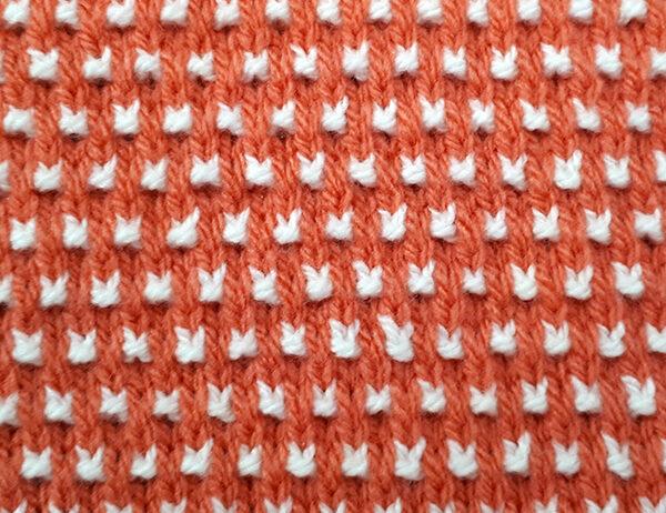 Pin Check Pattern [FREE Knitted Stitch Pattern] | learnknittingonline.com
