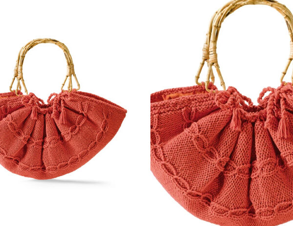 Knit Wooden Handle Tote [FREE Knitting Pattern]   learnknittingonline.com