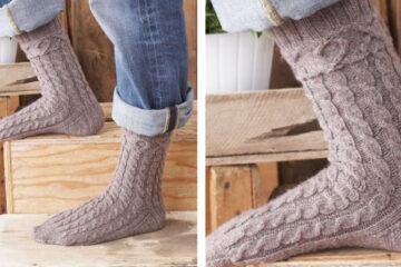 XOX Knit Socks For Him [FREE Knitting Pattern] | learnknittingonline.com