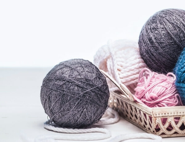 8 Tips For When You Wonder How Much Yarn For a Sweater | learnknittingonline.com