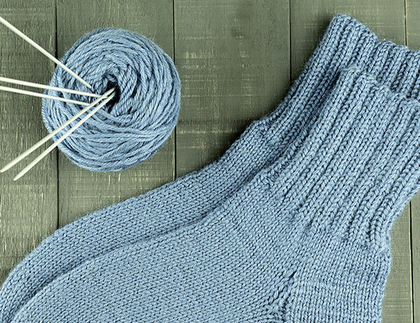6 Tips For When You Need To Know What Is The Best Sock Yarn | learnknittingonline.com